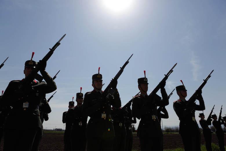 Πανελλαδικές: Η προκήρυξη για τις Στρατιωτικές Σχολές | esos.gr