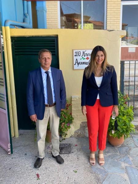 Σε σχολεία της Ηλείας βρέθηκε σήμερα, σε Σκουροχώρι και Αρχαία Ολυμπία, η υφυπουργός Παιδείας Σοφία Ζαχαράκη (Photos)