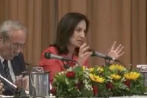 Α. Διαμαντοπούλου:Να μη δίνεται απολυτήριο Λυκείου εάν ο μαθητής δεν γνωρίζει Αγγλικά
