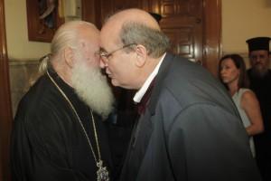 Επικοινωνία Ν. Φίλη με Αρχιεπισκοπή